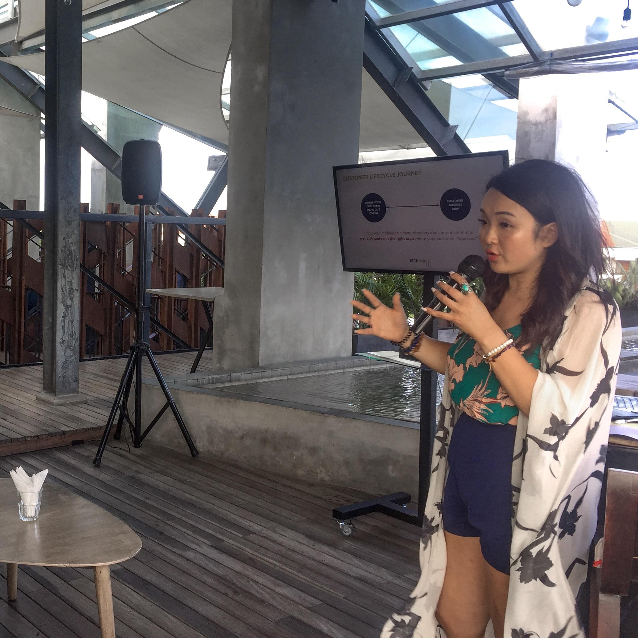 Adeline Er - Female International Speaker : Host Cohive Bali 1.JPG