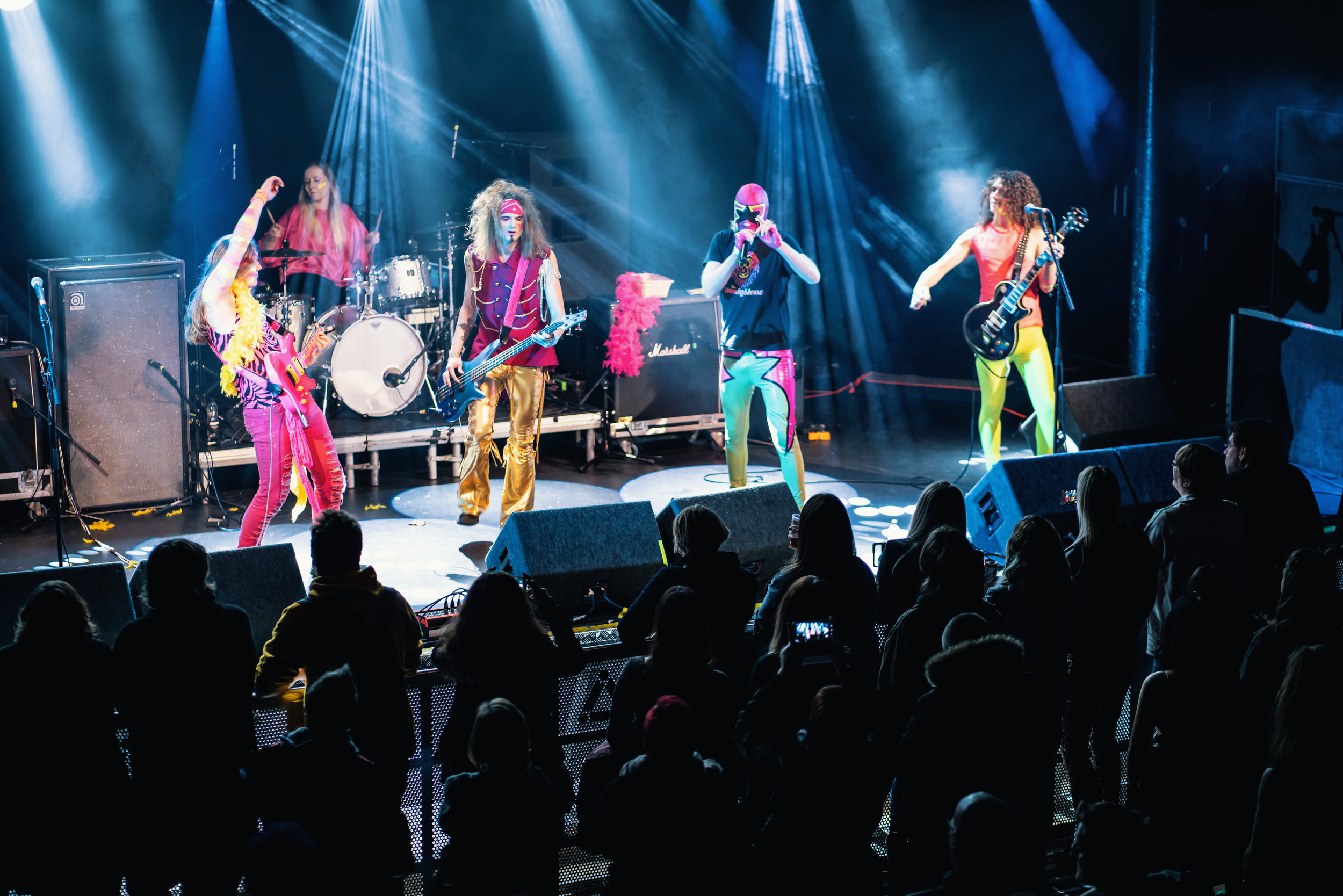 The Band Dandylions- these guys where so colourful and so much fun!