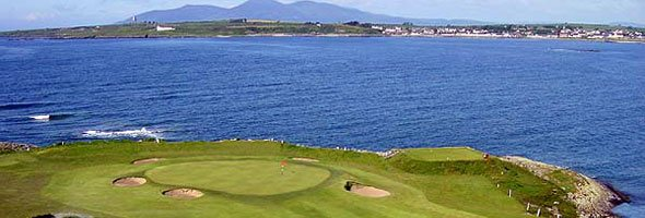 Ballyliffin_Golf_Course_with_Sea_View.jpg