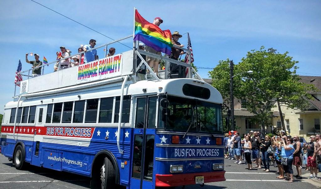 pridebus.jpg