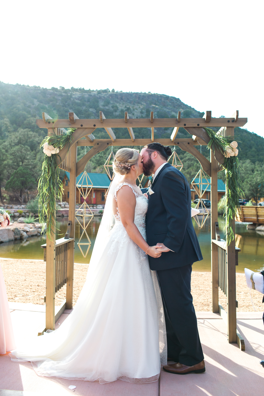 Kelcie-Ryan-Wedding-blog-40.jpg