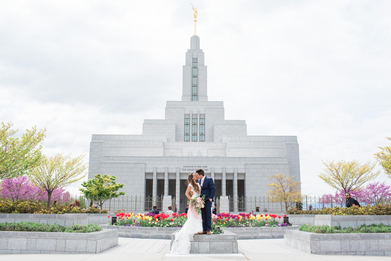 Ashley-Devin-Wedding-MFelt-40.jpg