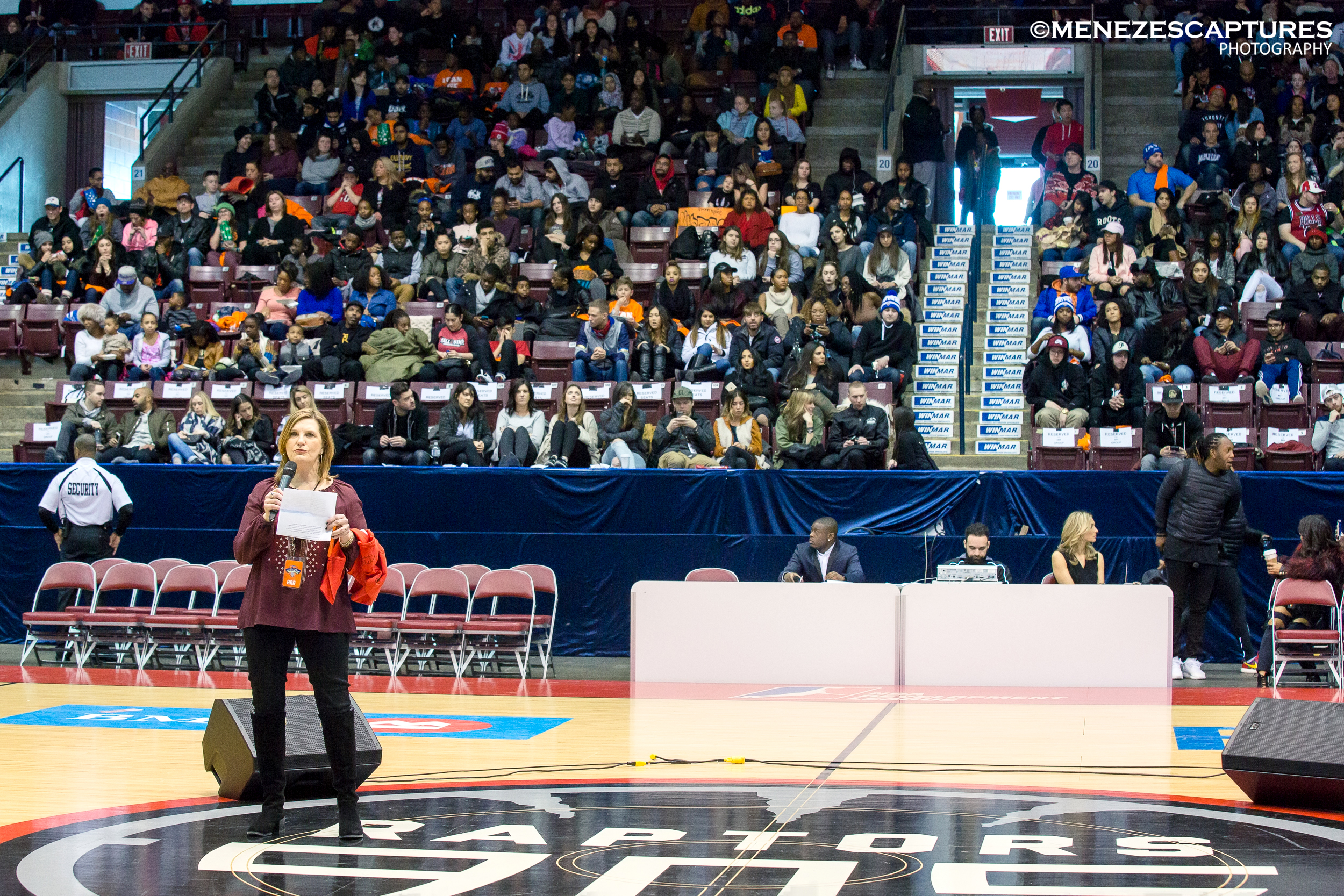 United Way CEO Shelley White addresses guests at the 2017 NBA All Star Celebrity Game
