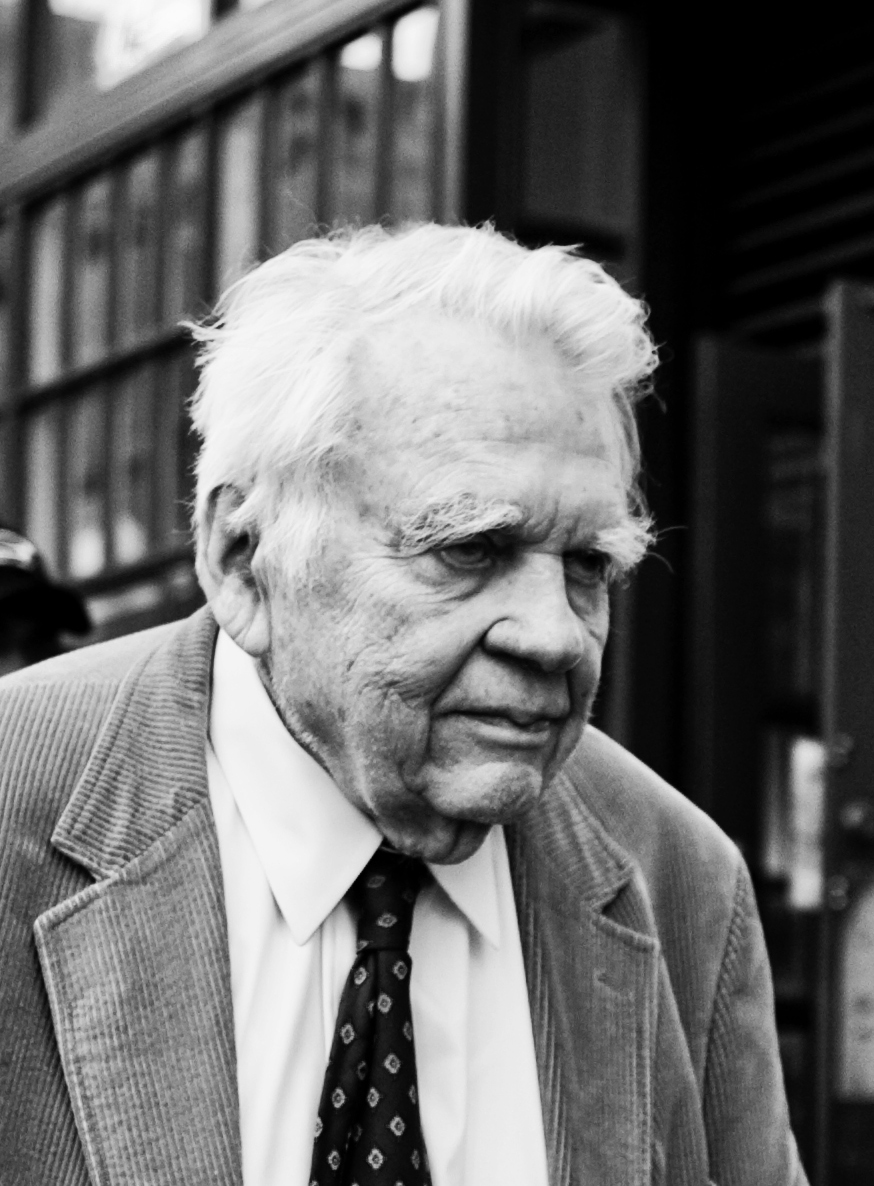 Andy Rooney, photographed by Stephenson Brown. Source:  Wiki Commons