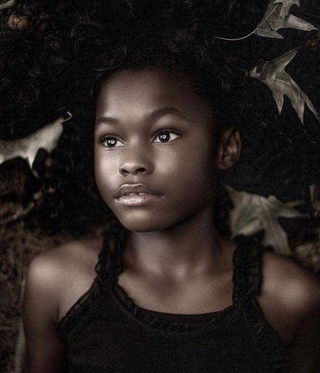 Elements  Photo: @max_eremine Model : IMani , Makeup and hair : @jilleclarkmua #beauty #editorial #dewyskin #naturalmakeup @cinemasecretspro @byterryofficial #naturalhair #elements #stunner #onetowatch #losangeles #losangelesmakeupartist #makeupbyjilleclarkmua #nyc #atlanta #paris #milan #london #tokyo #seoul