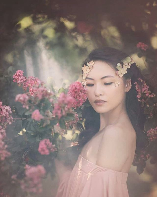#throwbackthursday #springtime #flowers #cleanmakeup #blushdress #softpink  #koreanmodel  #wedding #losangles #losangelesmakeupartist #makeupbyjilleclarkmua Missing my favorite face and human / model : @yj.stina  Photographer : @bonniemcgheephotography makeup and hair by me.