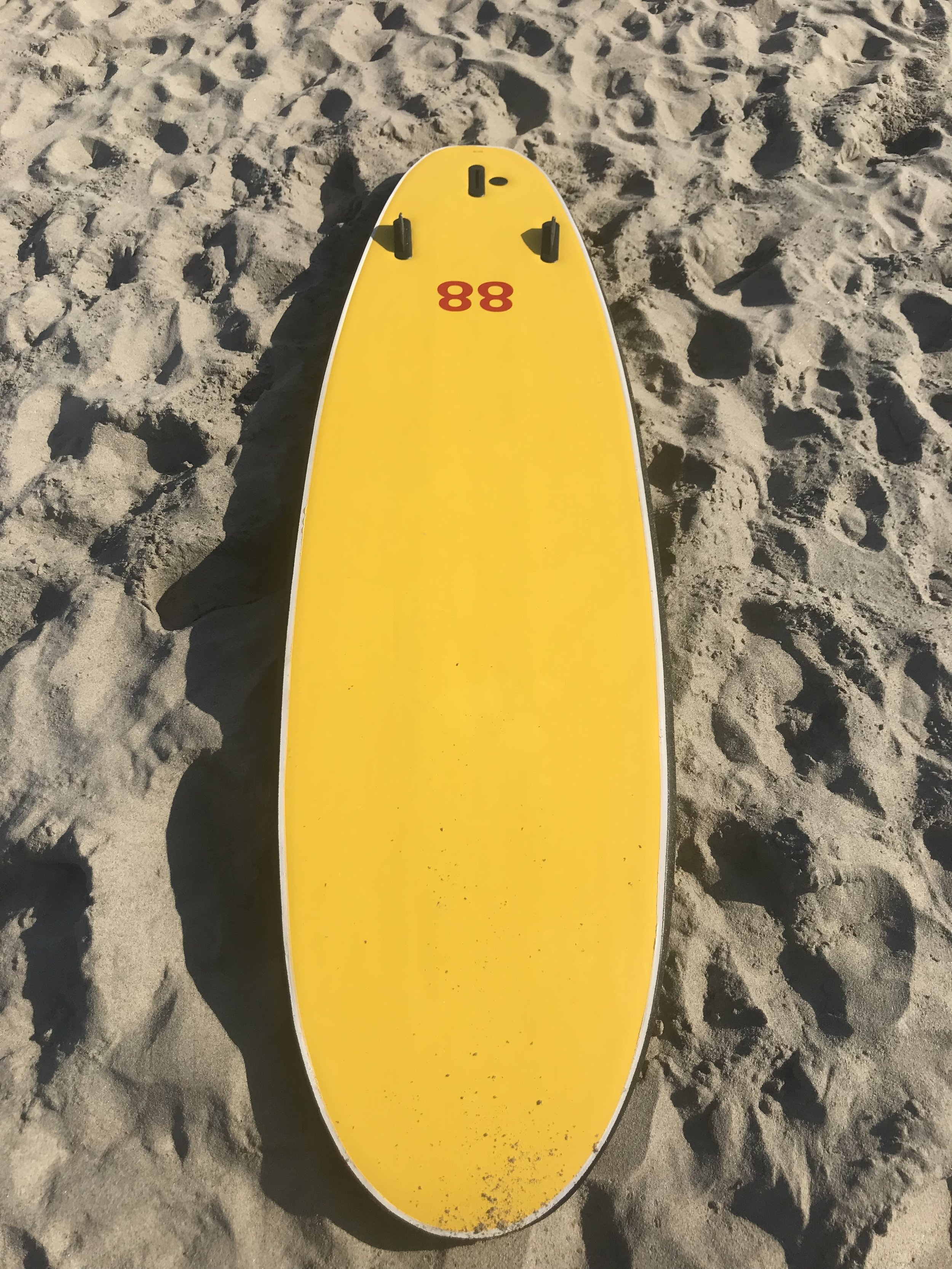 This is the 7 foot tri-fin. They have a single fin or even finless (no fin boxes) model in the 7 foot and there are 8 foot and 10 foot board models.
