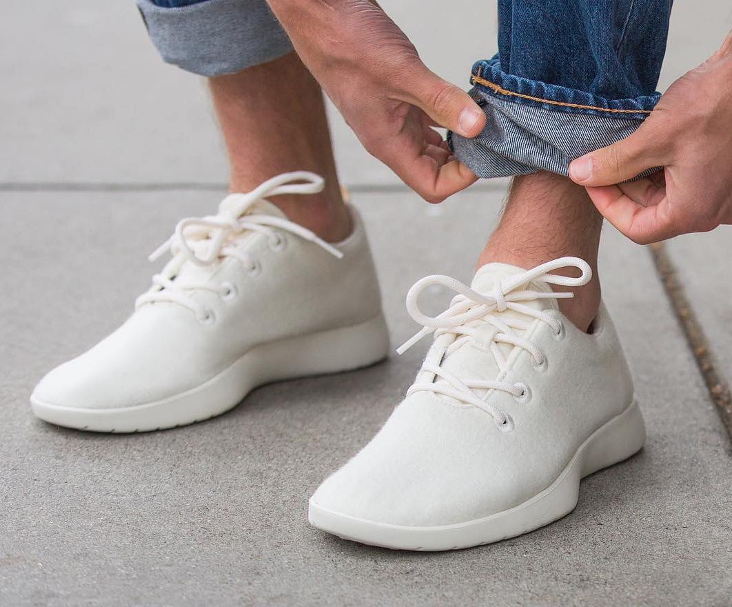 Allbirds_wool_runners_in_white.jpg