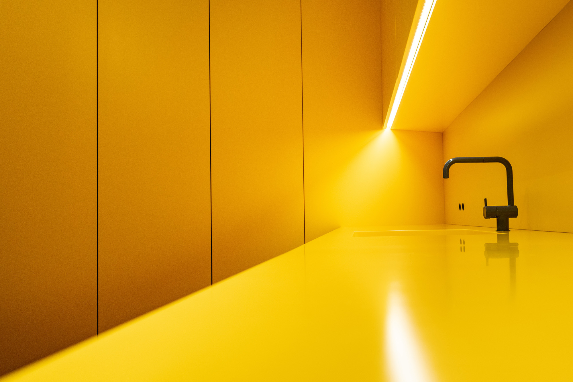 THE YELLOW ROOM -