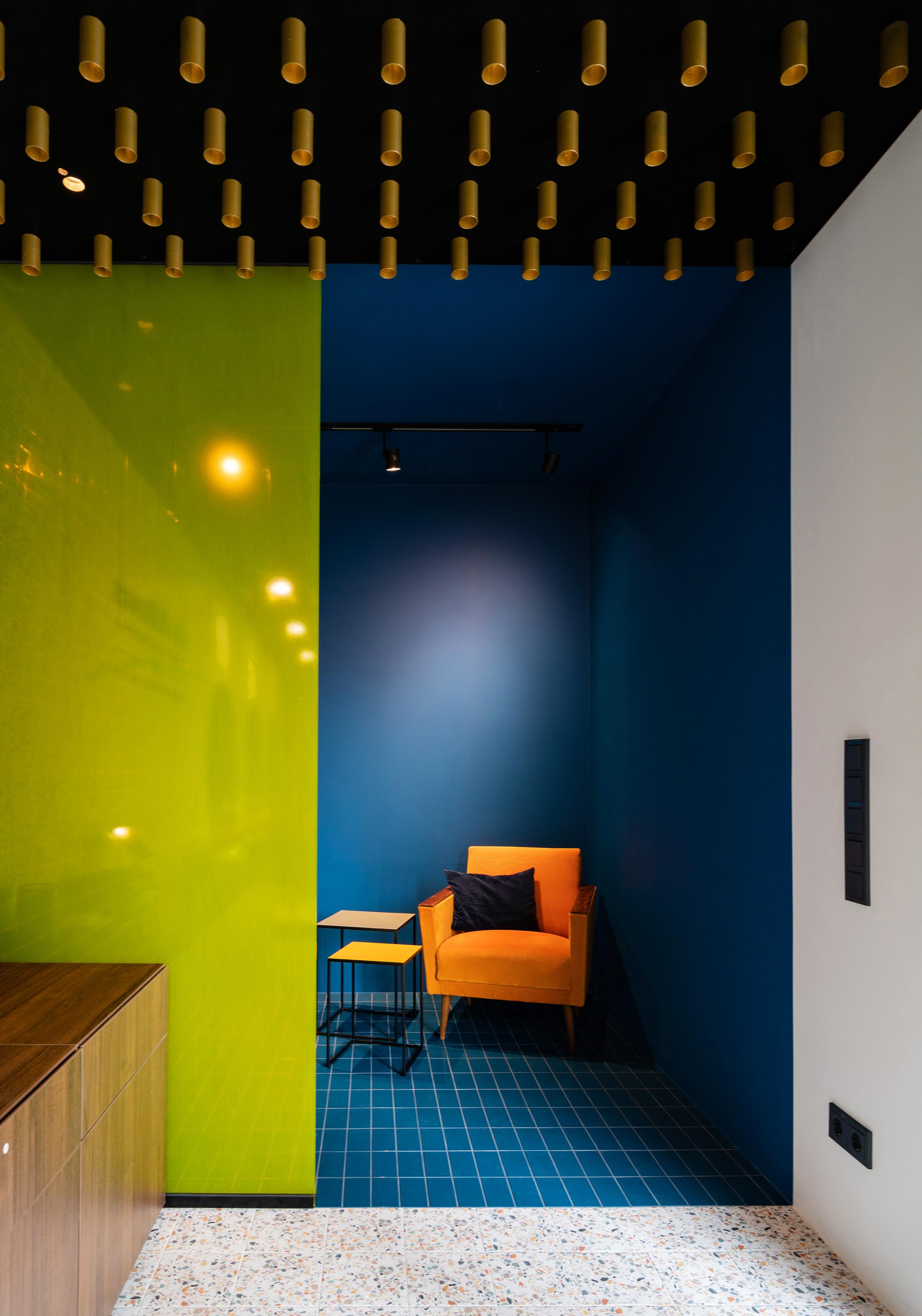Cut & Heroes - Sebastian Zenker Interior Design 11.jpg