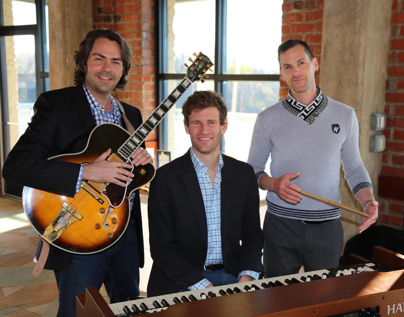 Chris Whiteman Trio w/ Jonah Kane-West & Aaron Binder