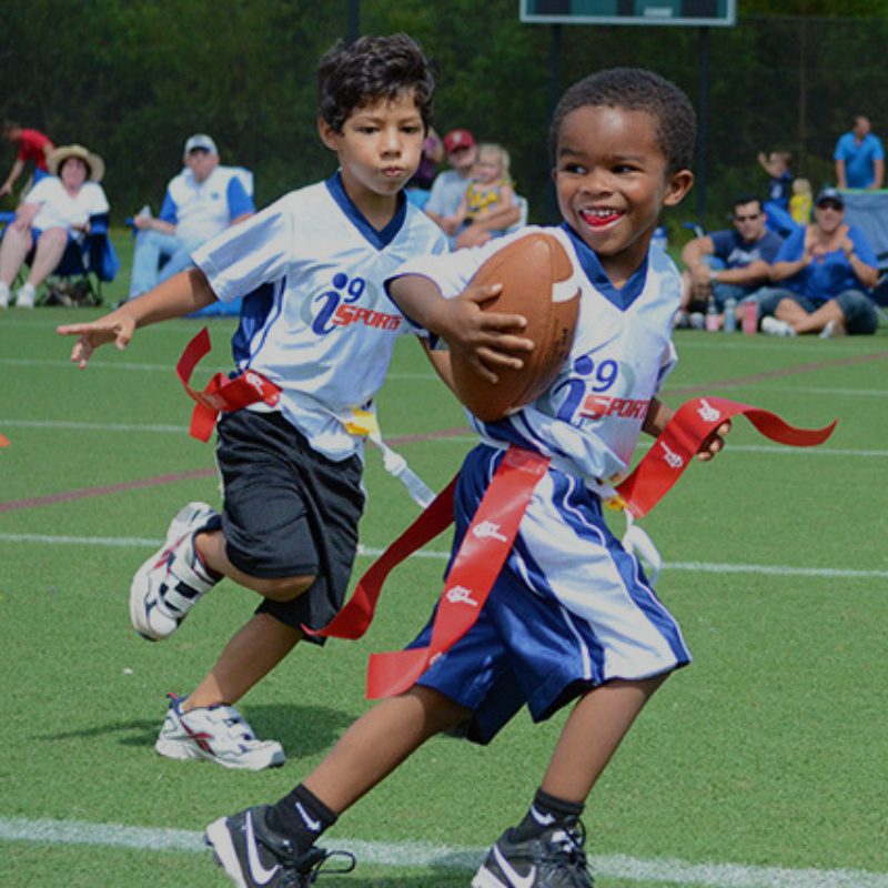 WELCOME TO SIDELINE SOCIETY   We help moms whose kids play sports to organize + plan their lives on and around the sports sideline, one season at a time! If your kid plays a sport, you're in the right place!   Get Support For Your #SidelineLife