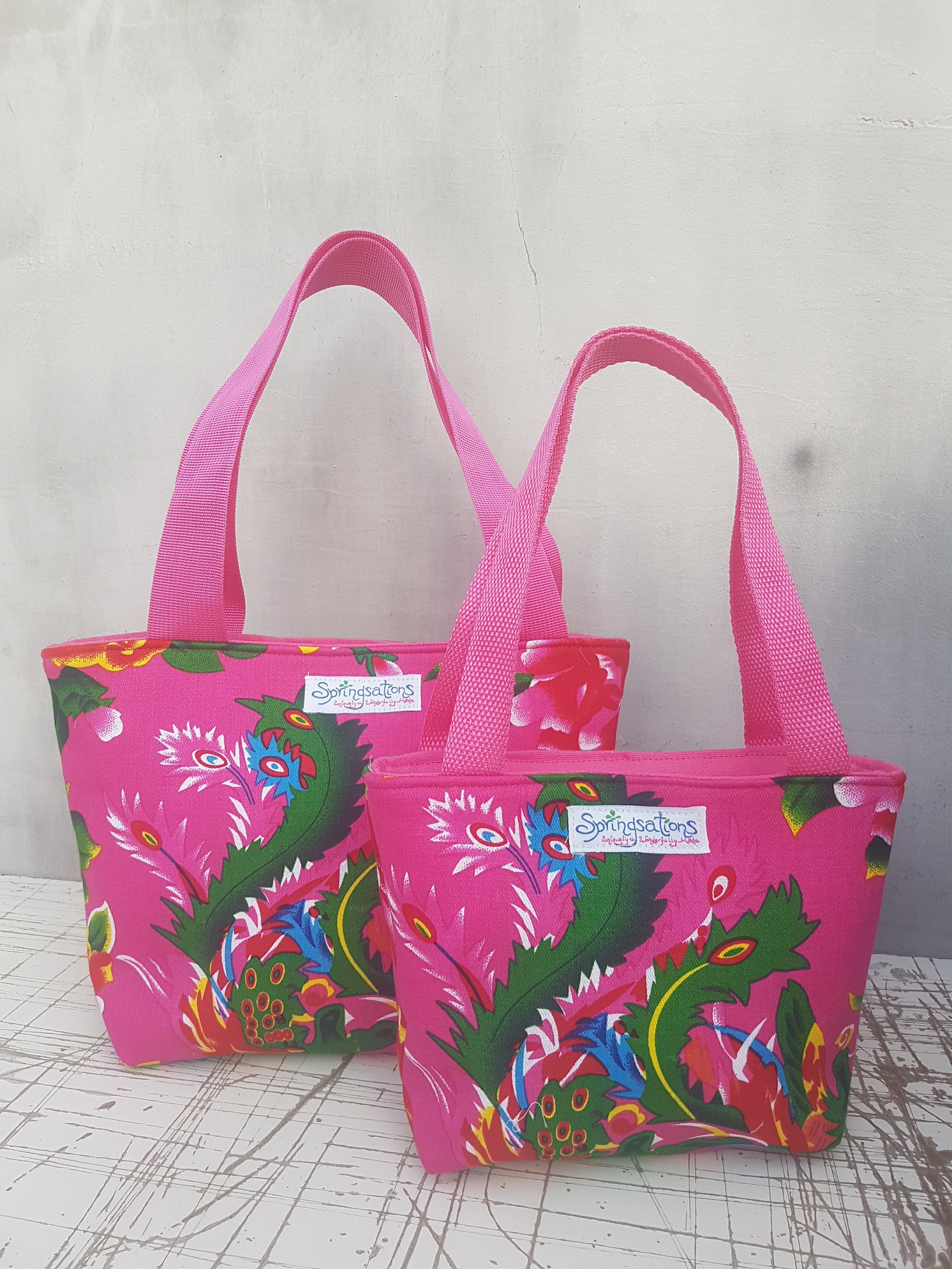 Medium & Little Travel Bag in Fuchsia
