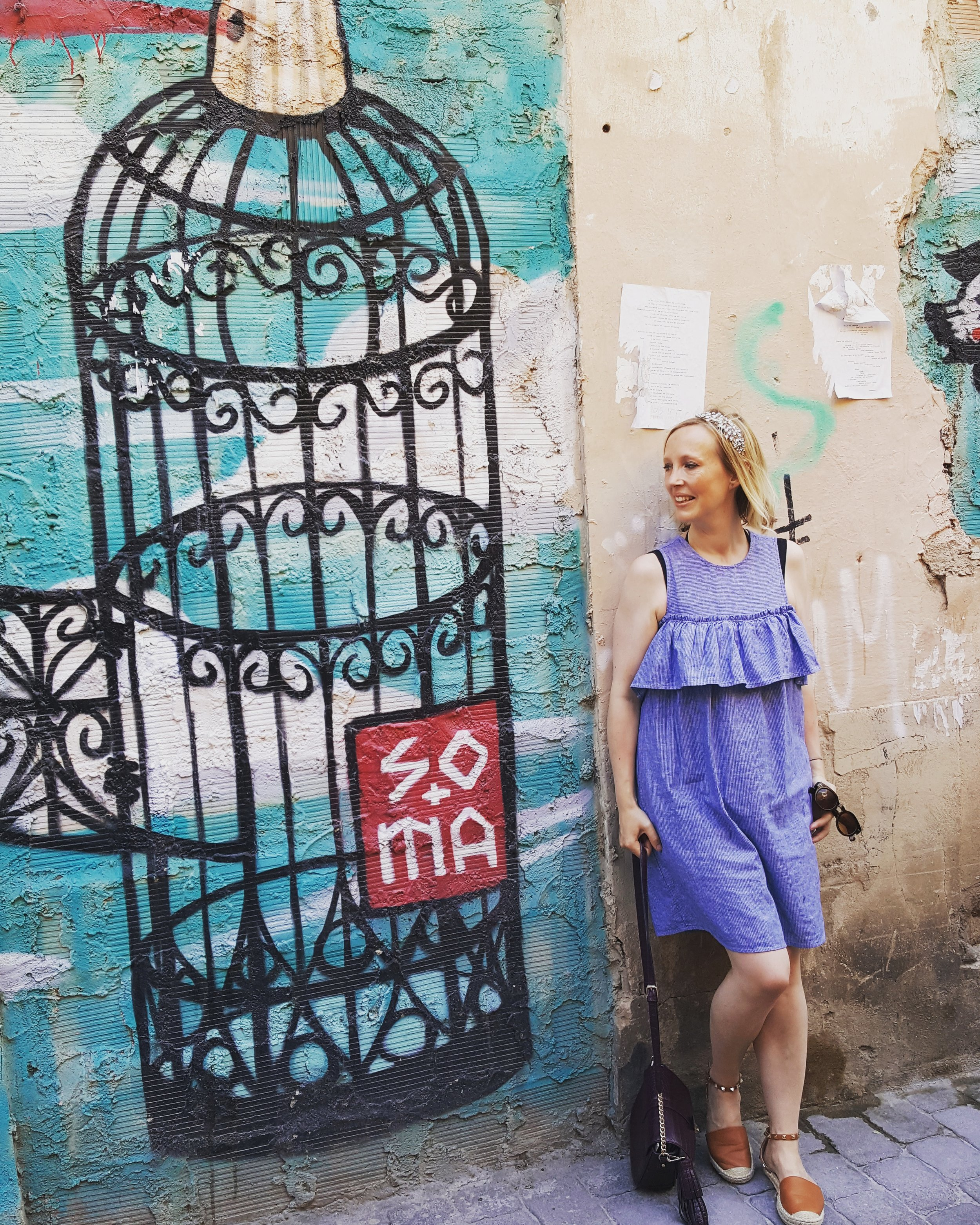 Being on a girlie break meant lots of time to pratt around getting Instagram shots against graffiti walls