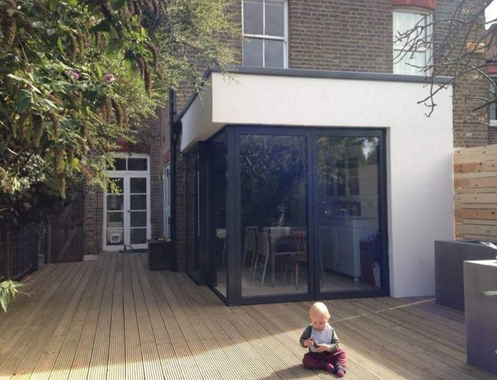 A couple of years (and another son later) we said goodbye to #KermitsConservatory and replaced it with a modern extension. This is it just days after it was finished