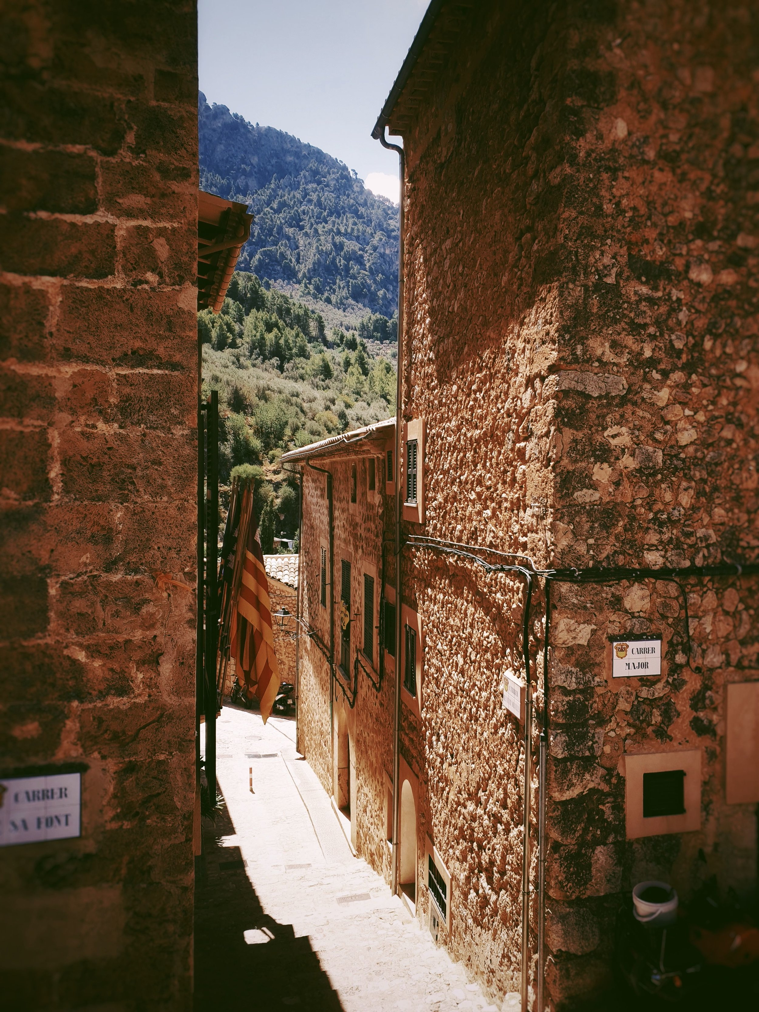The winding old streets of Fornalutx