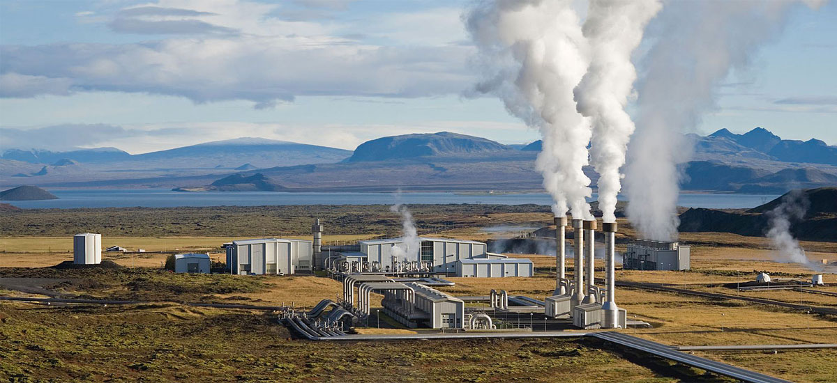 Iceland's Nesjavellir geothermal power station. Geothermal plants account for more than 25 percent of the electricity produced in Iceland. Photo: Gretar Ívarsson