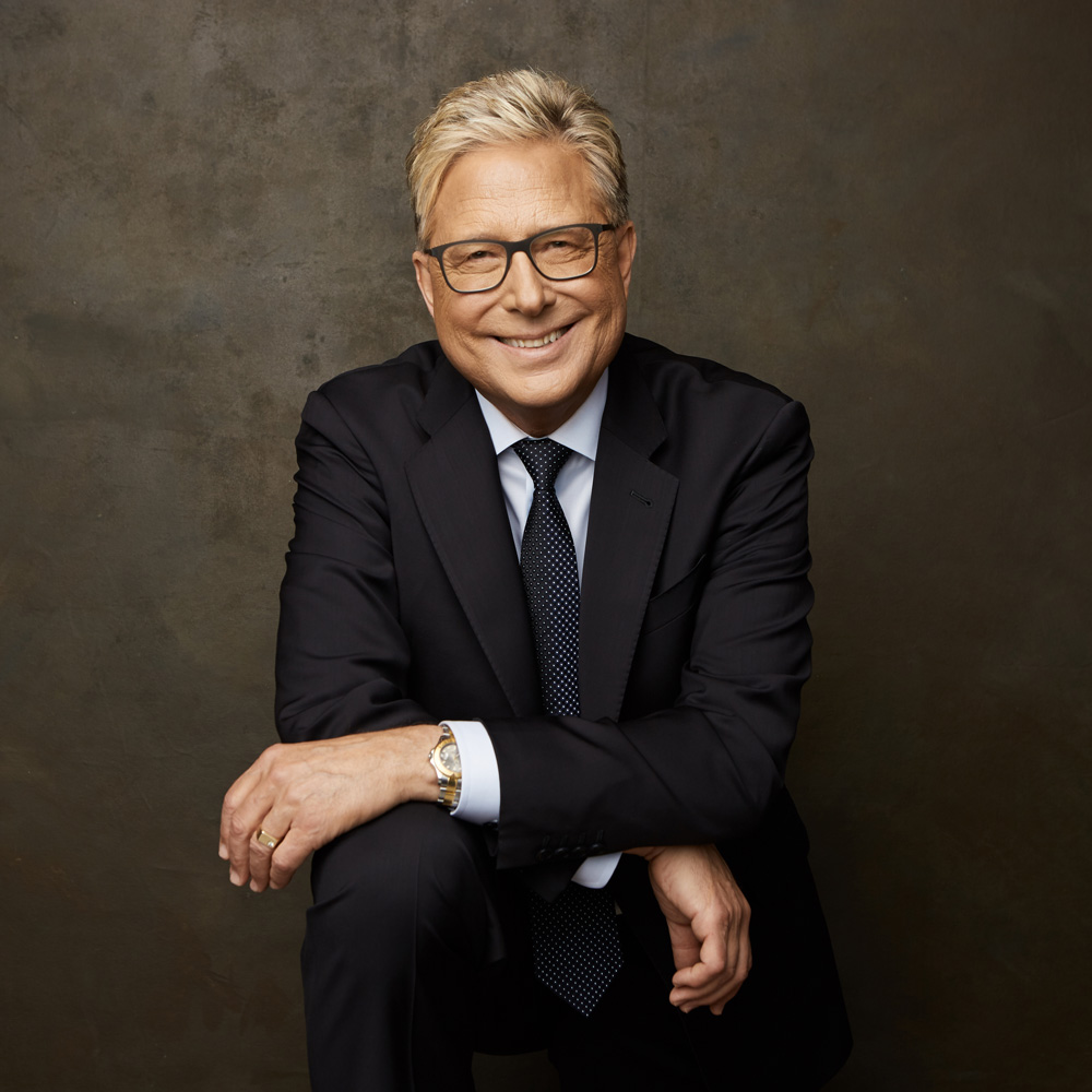 donmoen_author_photo.jpg