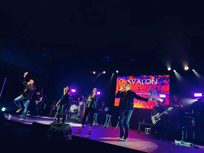 """AVALON performs """"Testify To Love"""" during at stop in Tupelo, MS at the BancorpSouth Arena during the Greatest Hits Live Tour.  Courtesy Conduit Media / Red Street Records"""