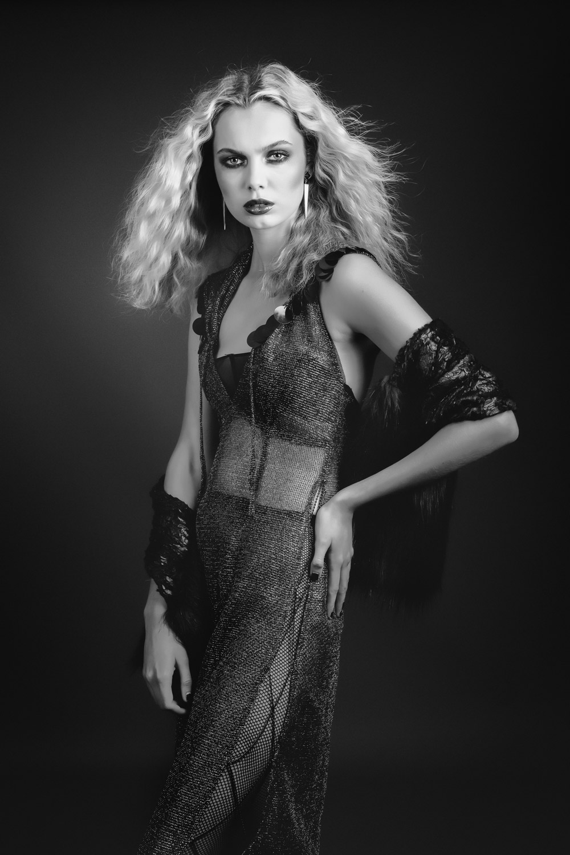 Photographer | Natasha Foster Model | EmmaBoyd H+MU | Vic Anderson