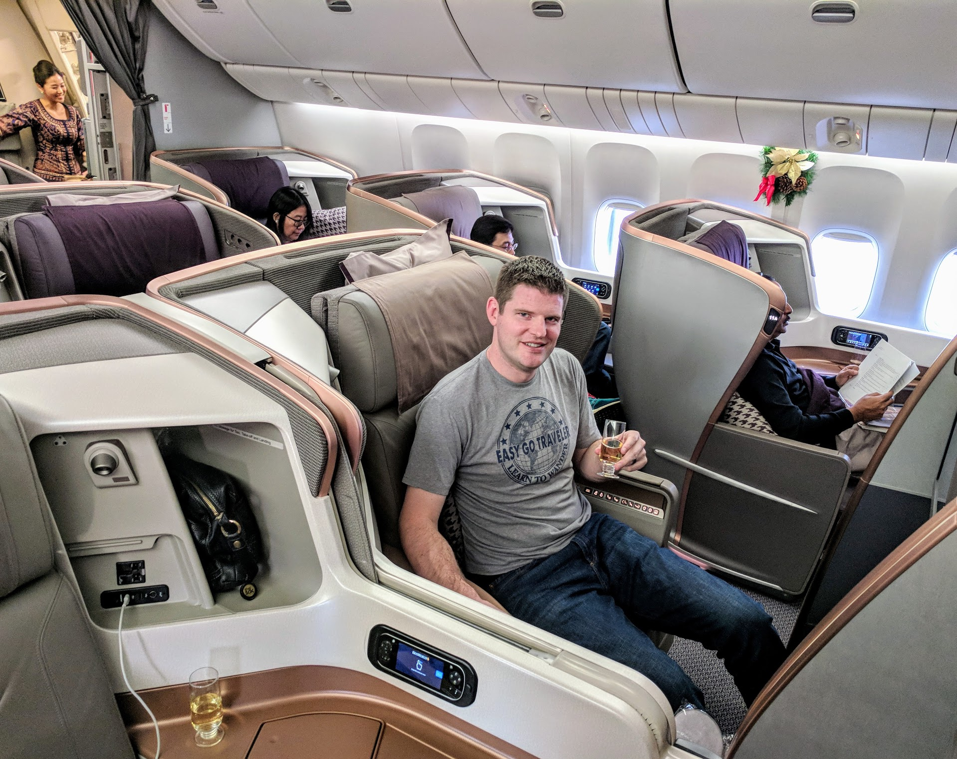 Easy Go Traveler, Airplane, First Class, Singapore Air, Airlines, Award Travel