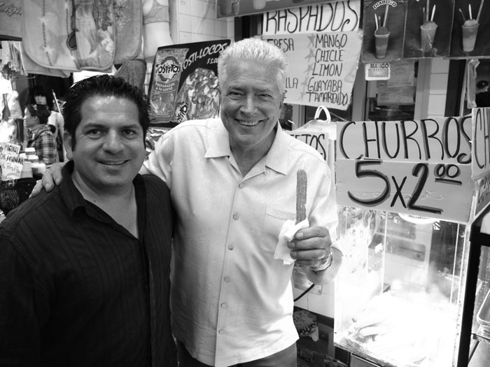 Huell Howser (right) with his friend Bill Esparza