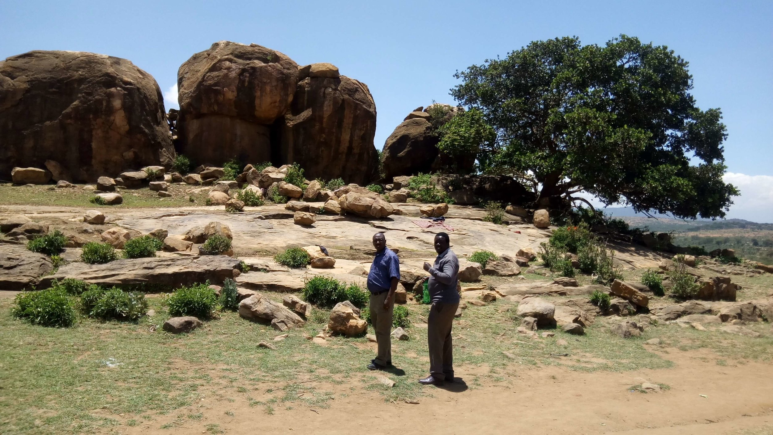 Jaslika Consulting co-associate Samuel Mukundi and research consultant Dennis Odhiambo enjoying the scenery while conducting field work.