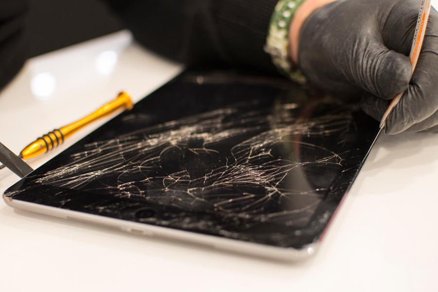 6-Valutazione-usato-vendita-ricondizionati-smartphone-cellulari-tablet-iphone-samsung-huawei-iRiparo-Prati-Roma.jpg.jpg