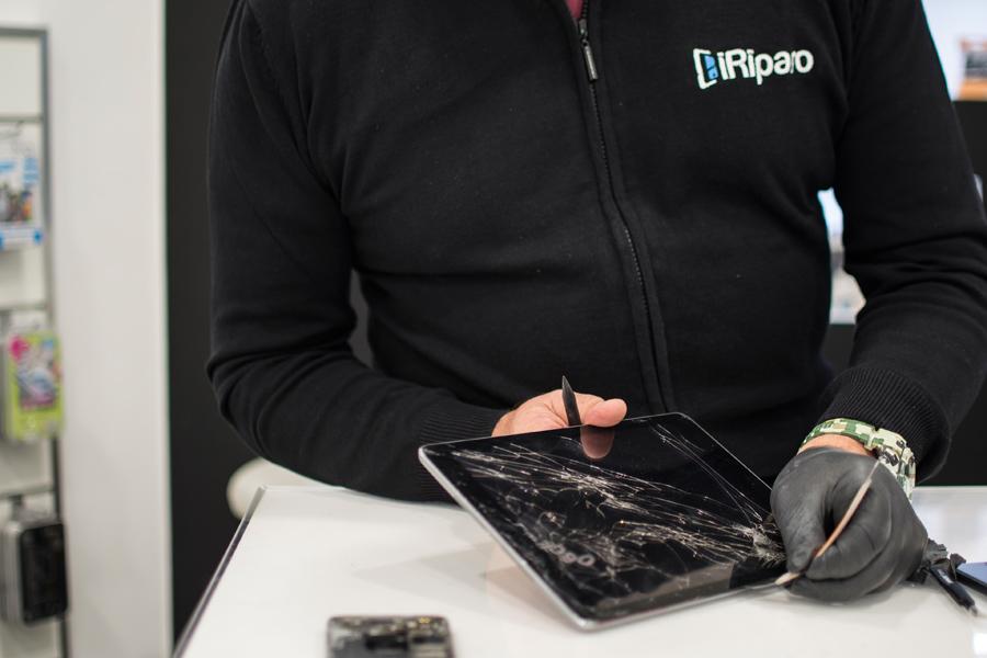 7-Valutazione-usato-vendita-ricondizionati-smartphone-cellulari-tablet-iphone-samsung-huawei-iRiparo-Prati-Roma.jpg.jpg
