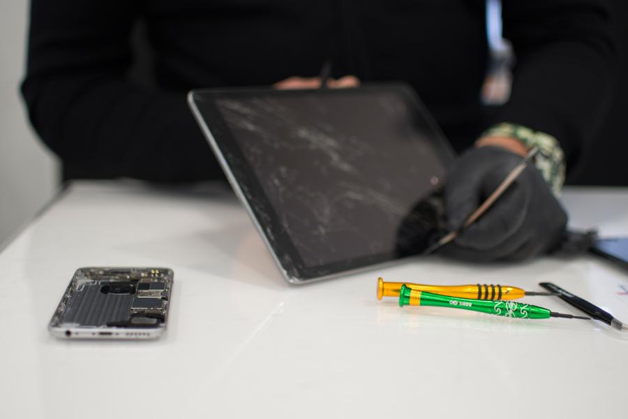 8-Valutazione-usato-vendita-ricondizionati-smartphone-cellulari-tablet-iphone-samsung-huawei-iRiparo-Prati-Roma.jpg.jpg