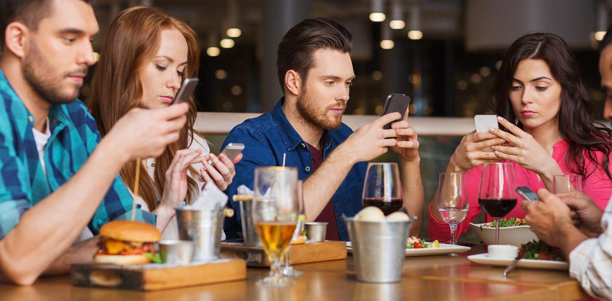 1-dipendenza-da-smartphone-iriparo-roma-prati-news.jpg