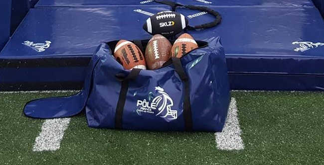 AMERICAN-FOOTBALL-FIELD-EQUIPMENT.jpg