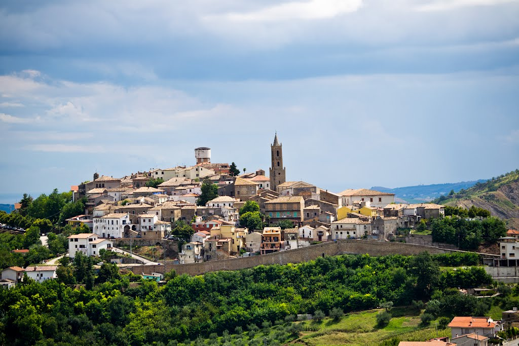 The medieval town of  cellino attanasio , just 3km away from the farmhouse