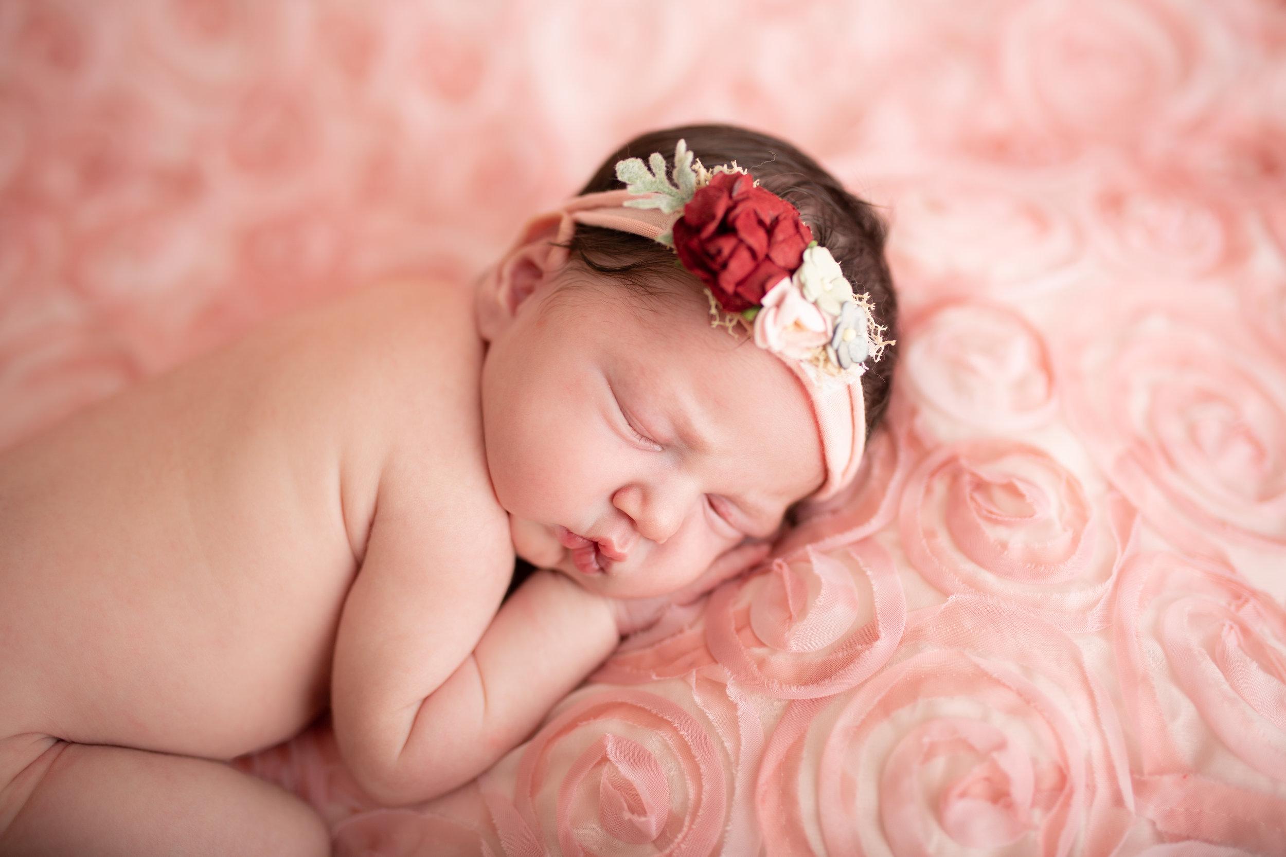 Lilliana newborn-33.jpg