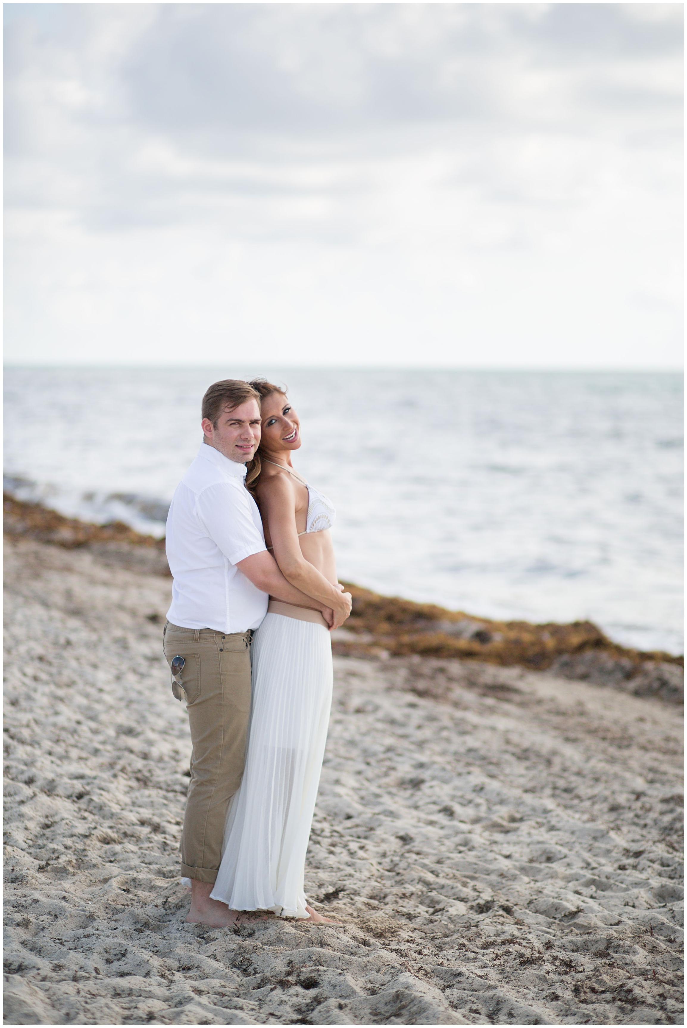 maternity couple miami beach.jpg