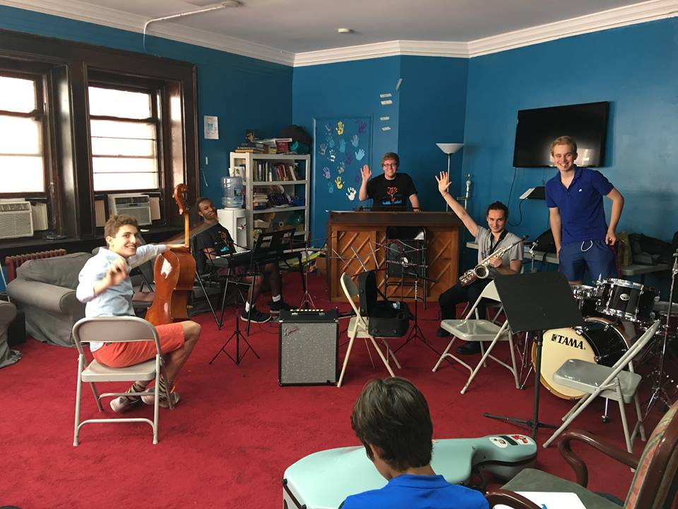 Matt working with students at the new york jazz academy