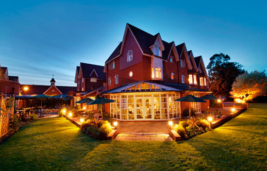 Hempstead House Hotel & Spa, Sittingbourne Magician