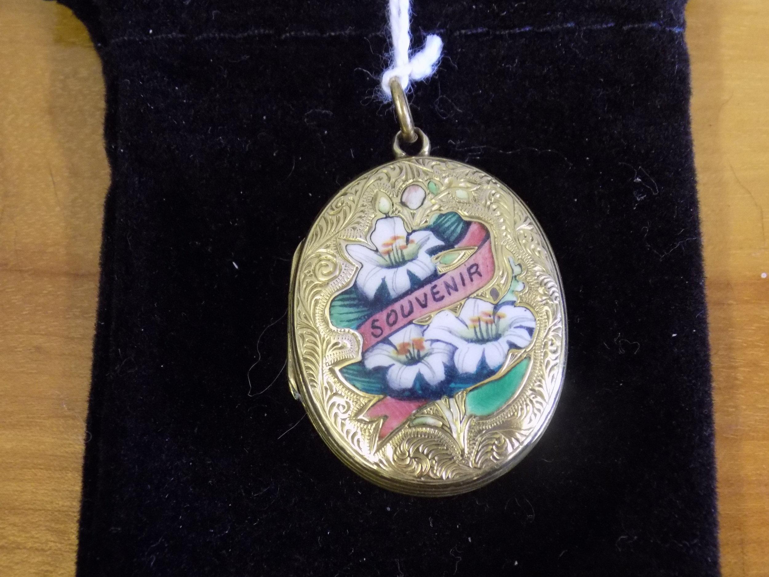 9ct gold Victorian locket £165.00