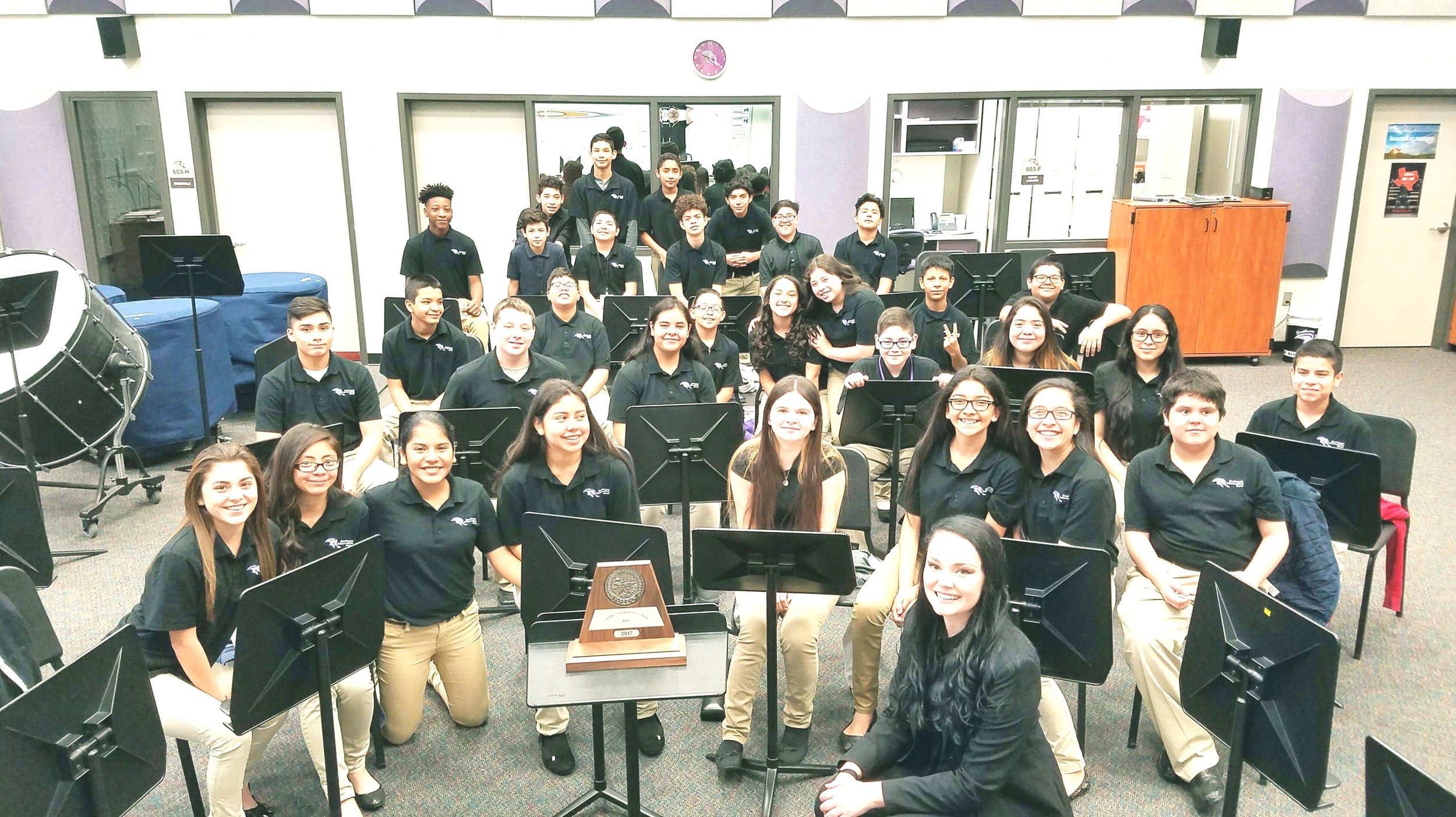 Ms. Sanchez and the Southmore Intermediate Non-Varsity Concert Band