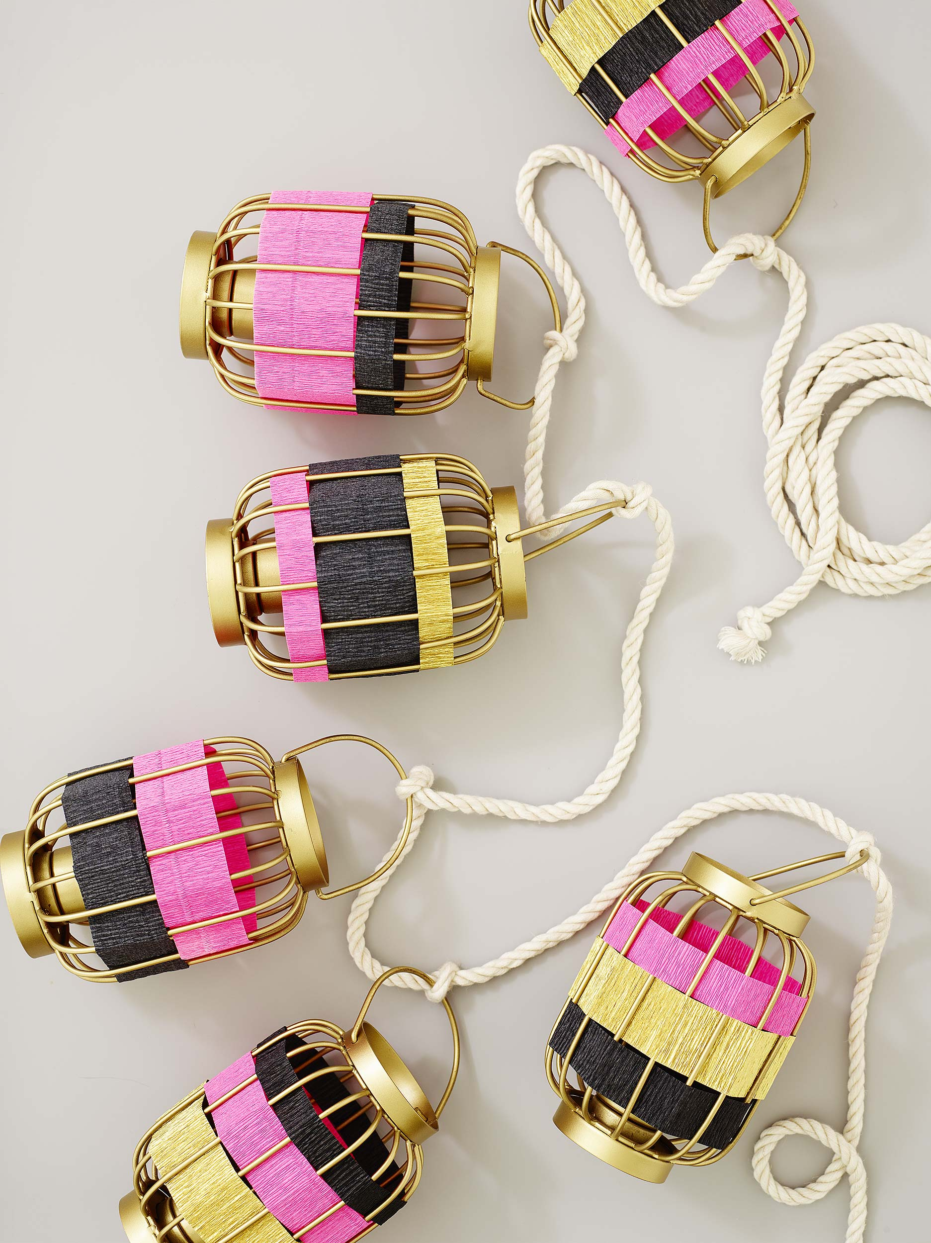 Paper-Striped-Wire-Lantern_0018.jpg