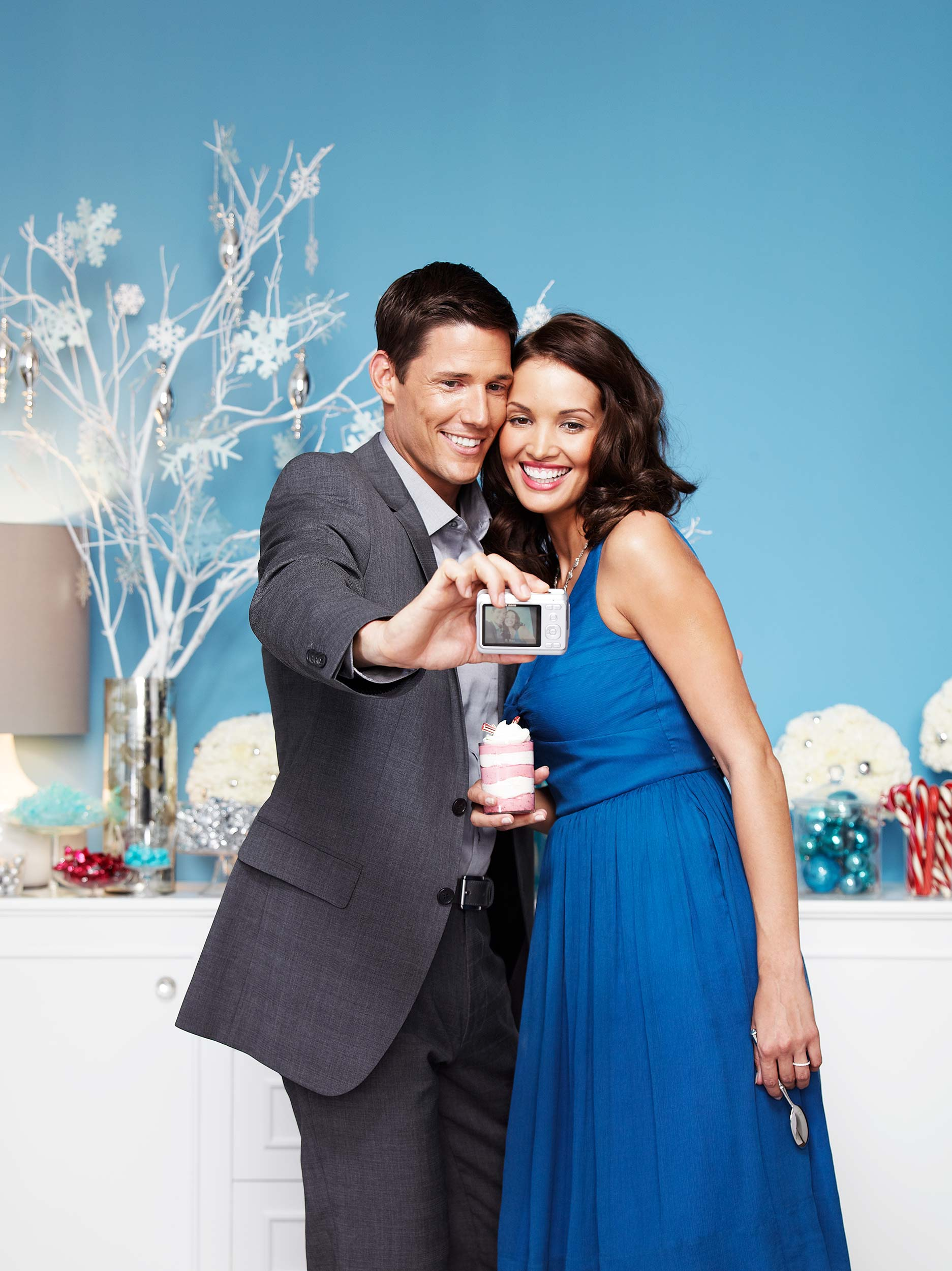 Holiday_Cover_0396.jpg
