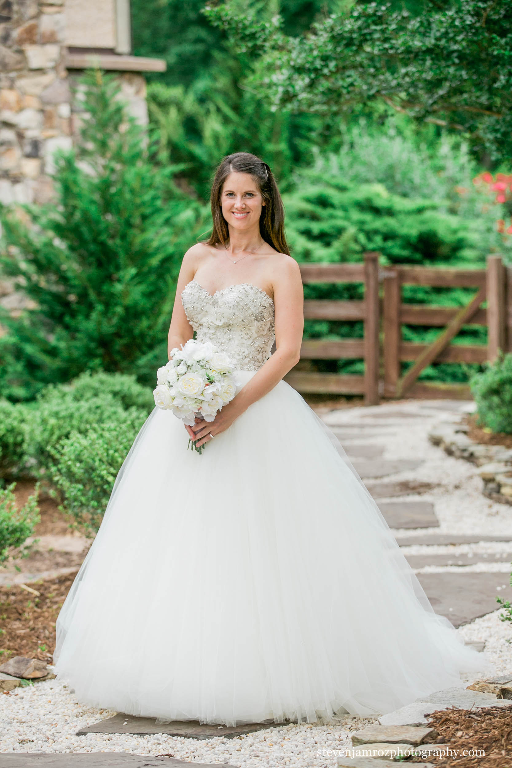 chapel-hill-bridal-portraits-best-photographer-0786.jpg