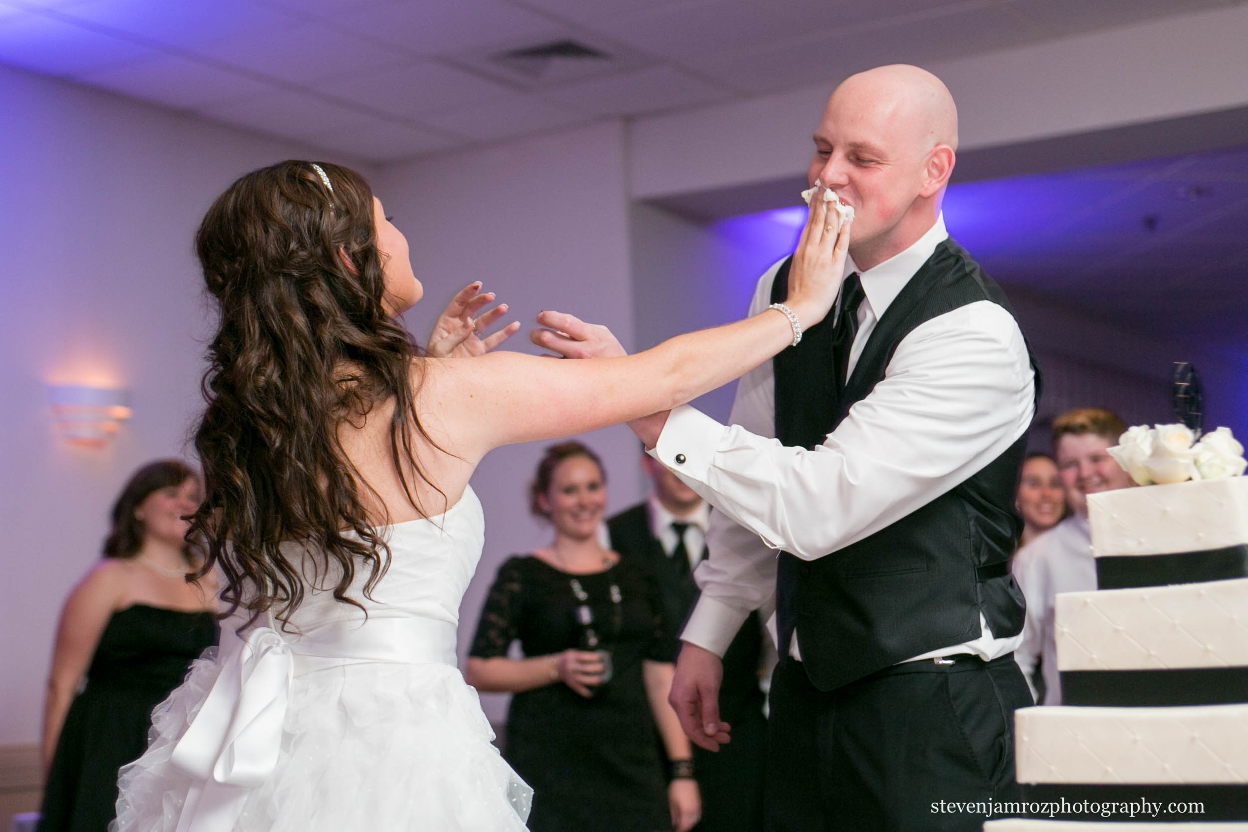 cake-cutting-nc-wedding-shrine-club-steven-jamroz-photography-0569.jpg