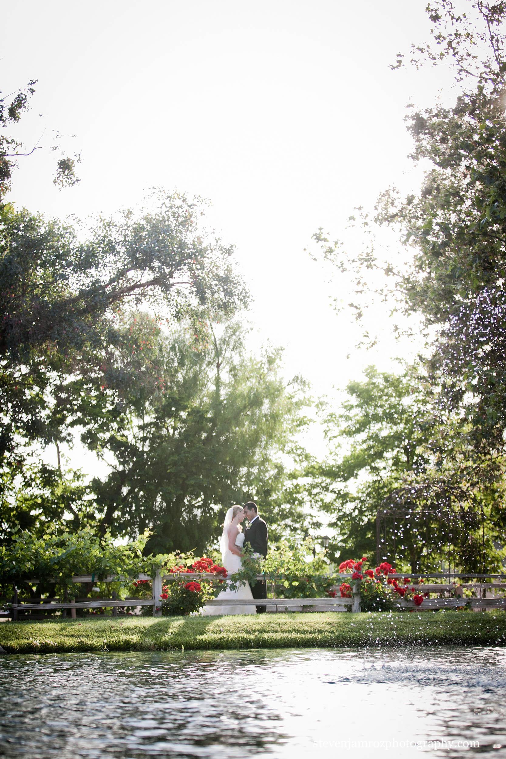 outdoor-portrait-wedding-beautiful-steven-jamroz-0684.jpg
