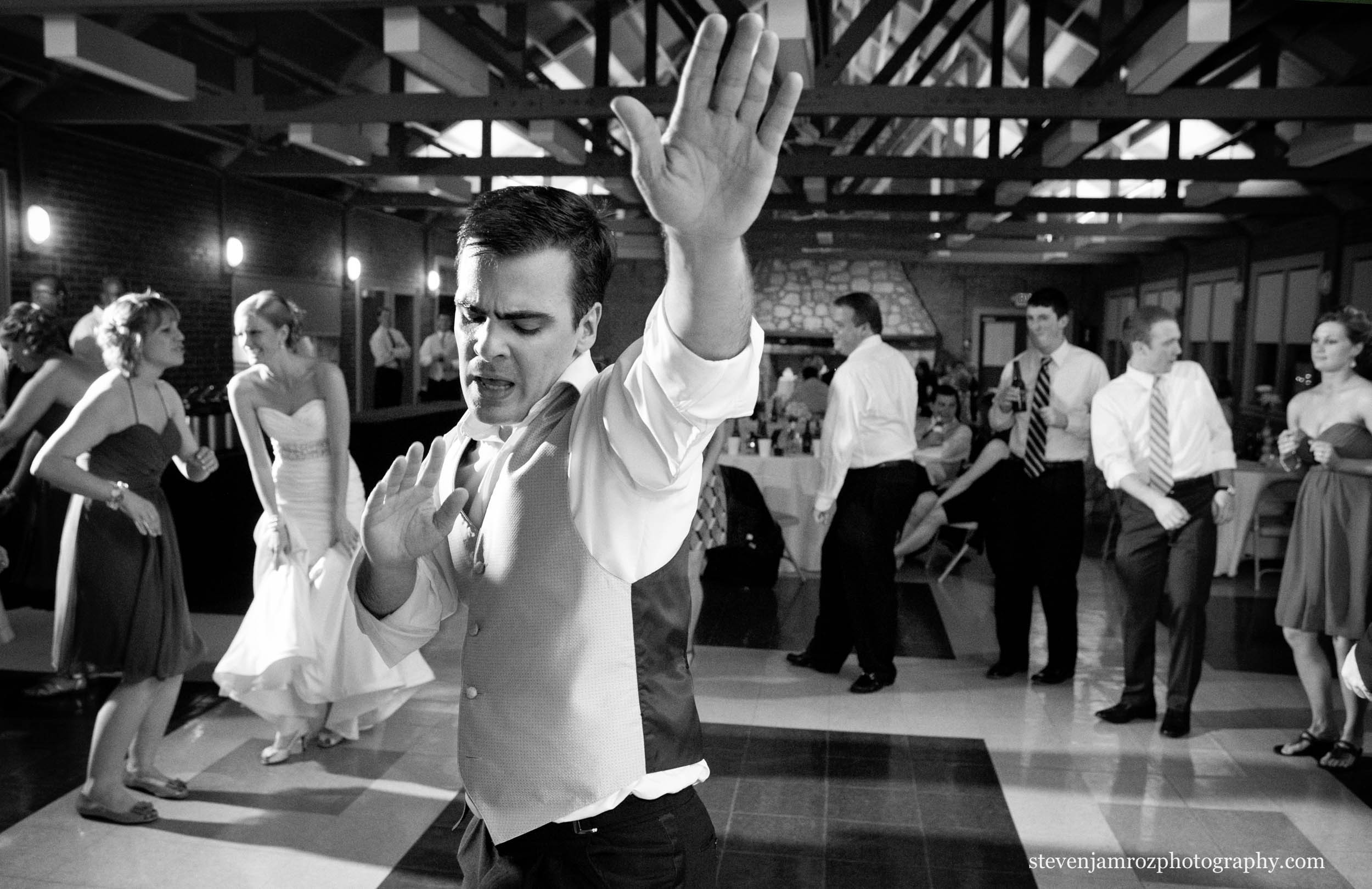 bust-a-move-wedding-dancing-raleigh-steven-jamroz-photography-0497.jpg