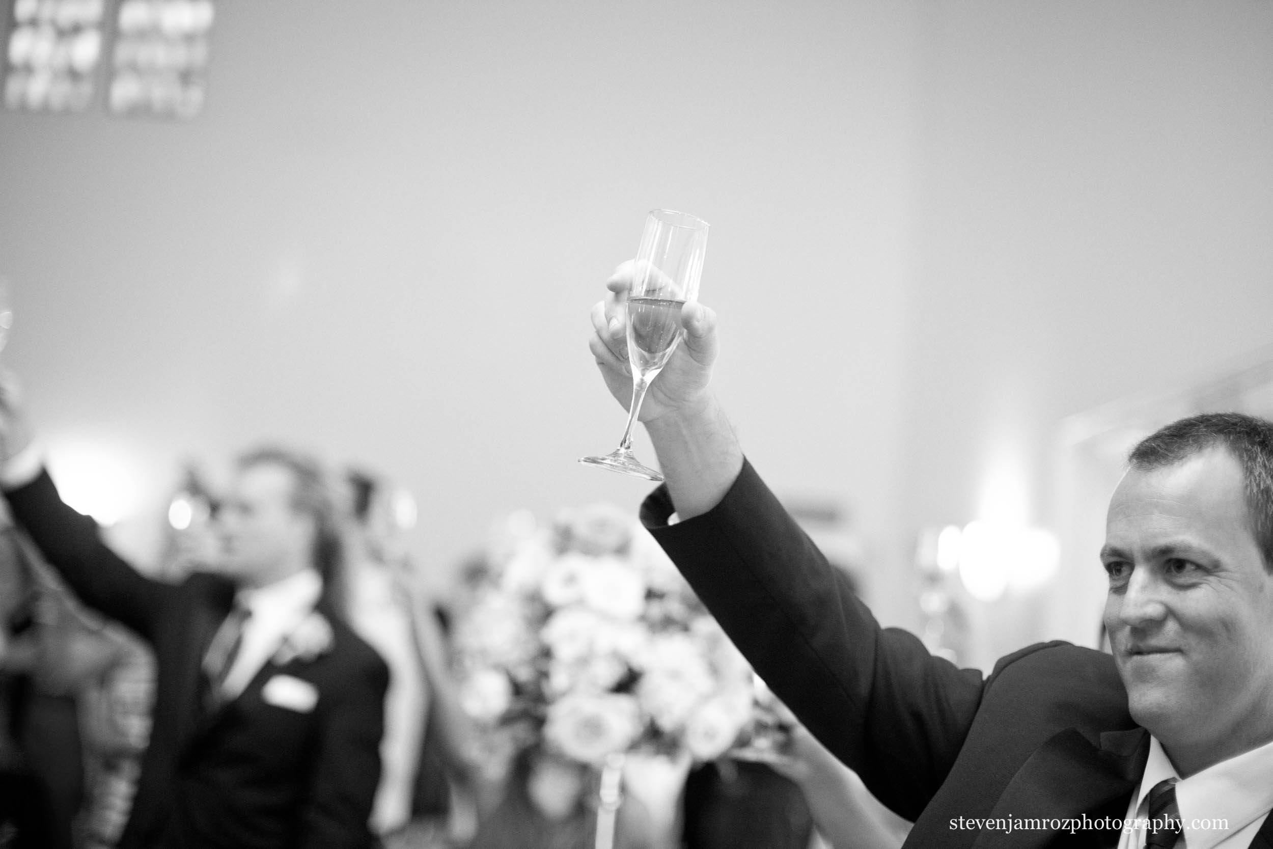raise-a-glass-wedding-raleigh-nc-steven-jamroz-photography-0133.jpg