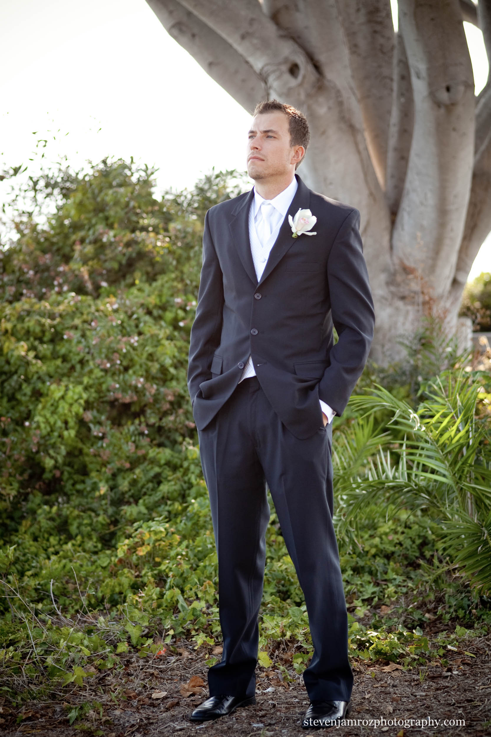 blue-suit-groom-portrait-raleigh-nc-steven-jamroz-photography-0062.jpg