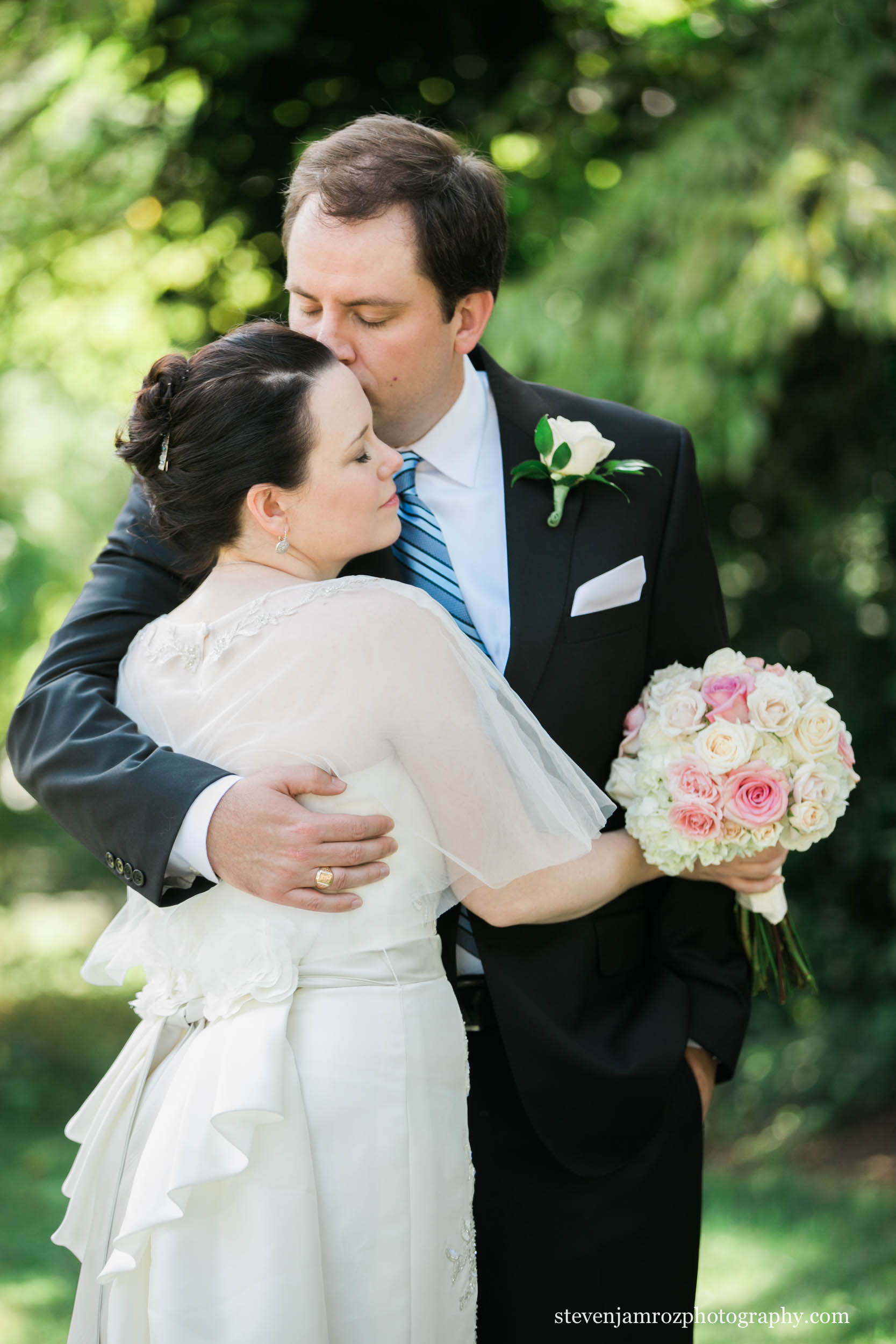 bouquet-bride-and-groom-steven-jamroz-photography-0460.jpg