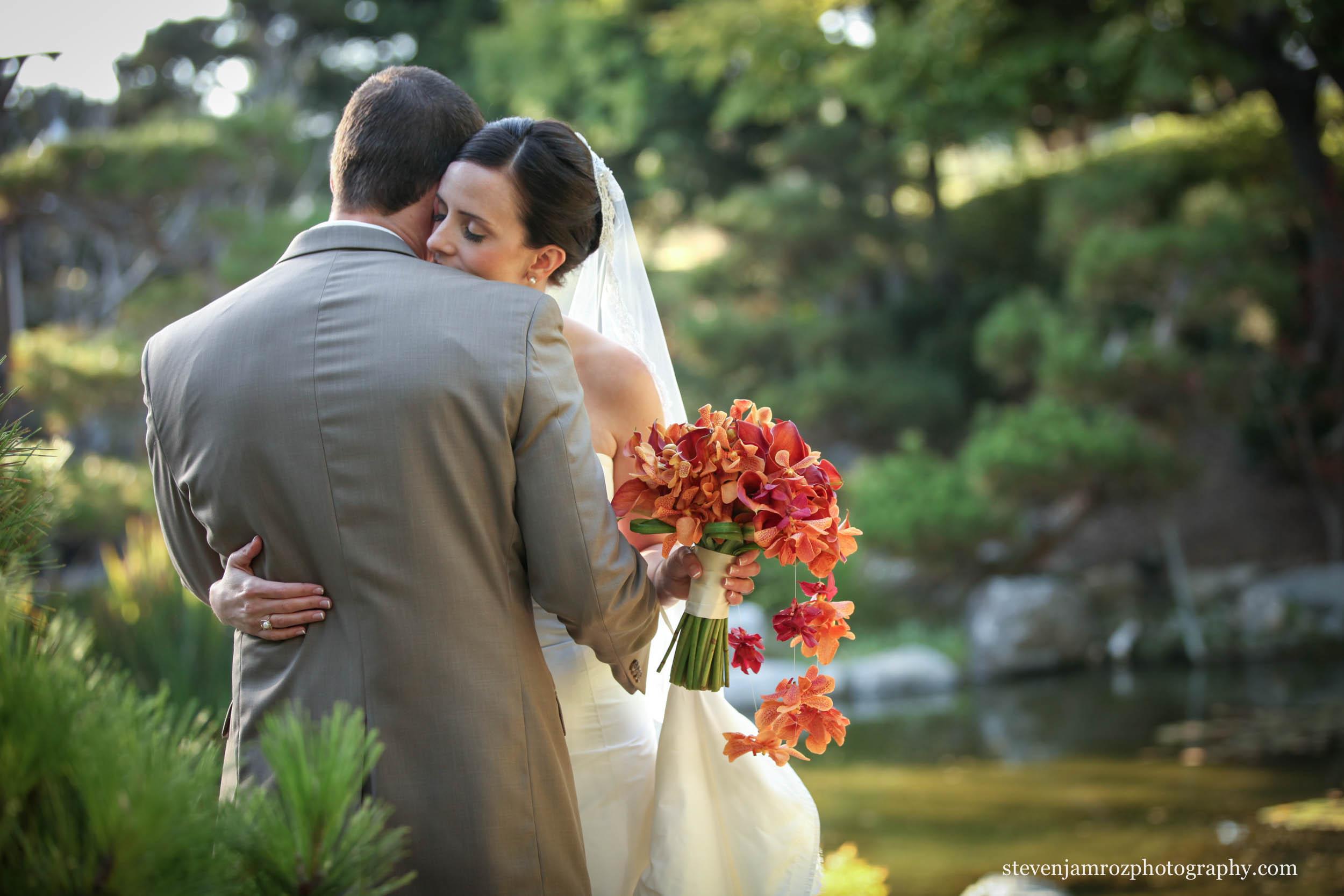 bride-groom-flower-bouquet-wedding-raleigh-steven-jamroz-photography-0561.jpg