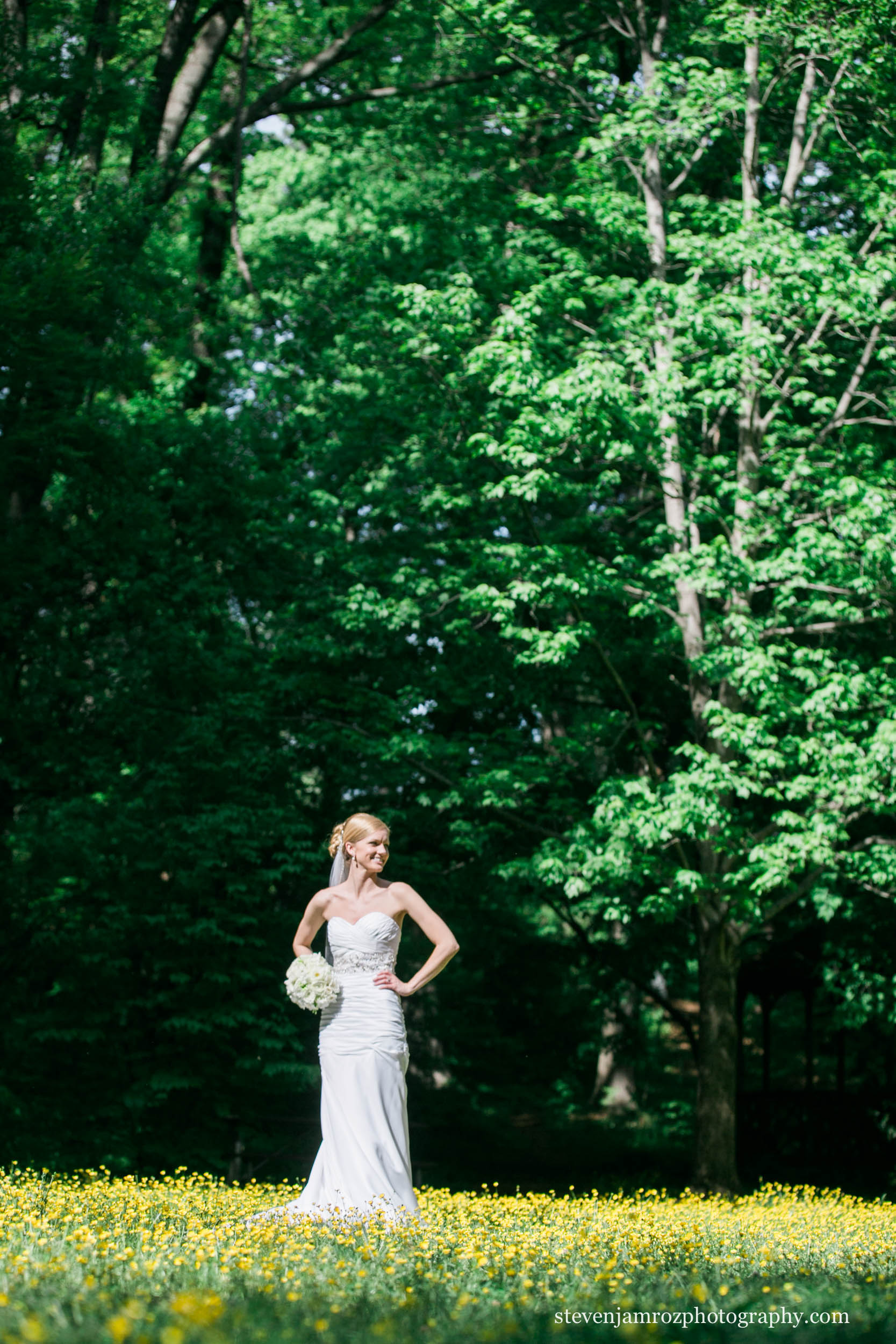 bride-in-flower-field-raleigh-nc-steven-jamroz-photography-0051.jpg